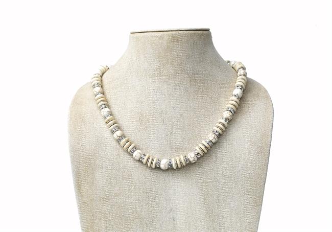 Picture of Necklace Bella, white