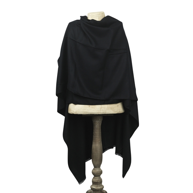 Picture of Poncho Davos, black