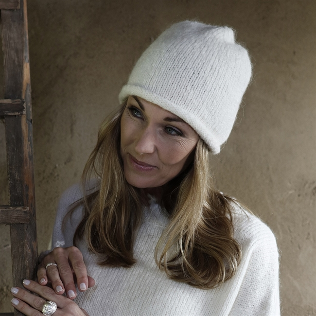 Picture of Beanie Lenassan, white