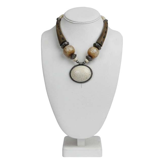 Picture of Necklace Luna, ivory