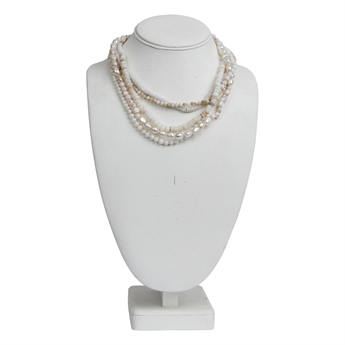 Picture of Necklace Cathy, off white.